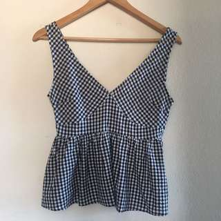 Super cute checkered top
