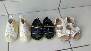 All rm 25 size 6 months to 9 months red 12 months