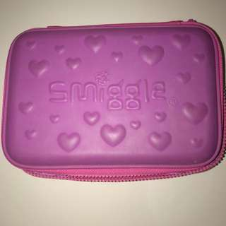 smiggle case big