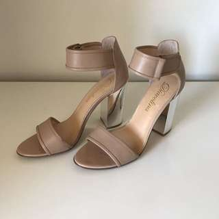 Diavolina Nude Heels Size 9.5
