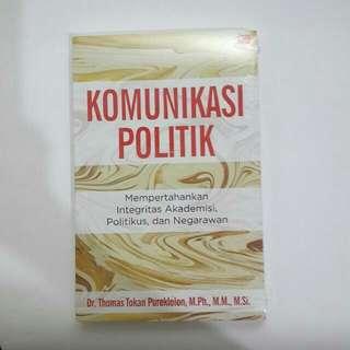Komunikasi Politik (DR.Thomas Tokan)