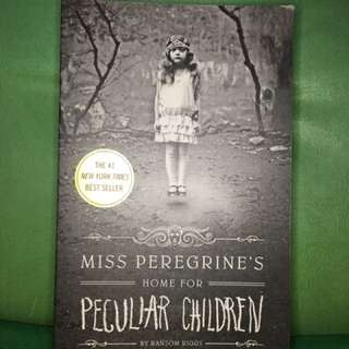 Pre-Loved Miss Peregrine's Home for Peculiar Children (Paperback)