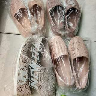 Flat shoes karet