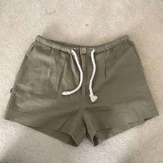 Gorman shorts size 10