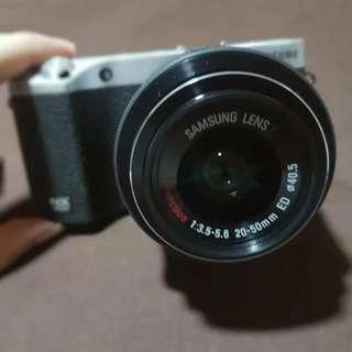 Samsung NX500 4K video, 28.2 mega pixel camera, 9fps autofocus