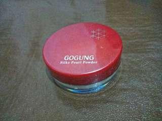 Gogung Silky Pearl Powder