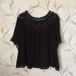 Lacy black top