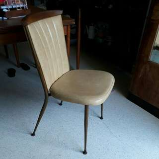 sexy vintage pencil leg chair