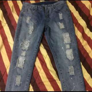 sale ripped jeans h&m pull and bear new look cotton on forever21 zara