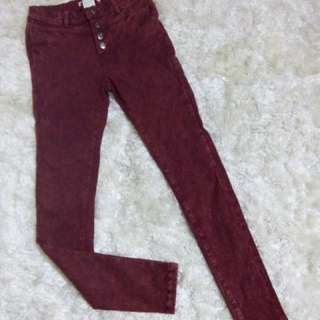 Maroon faded brand Korea from Coiincos