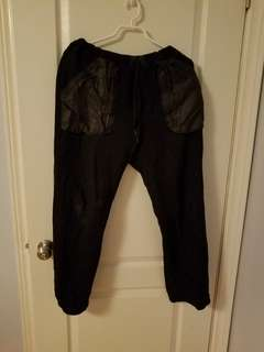 Black Apple sweatpants /jogger black (M)