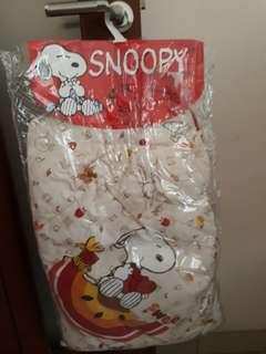 Snoopy selimut bayi