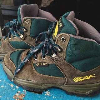 LECAF Hiking Boots