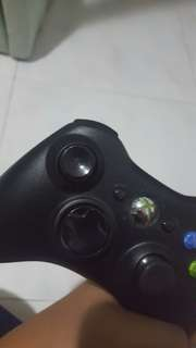 XBOX 360 WIRELESS CONTROLLER (CHARGEBLE)