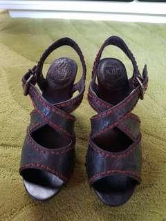 Pulp clogs shoes