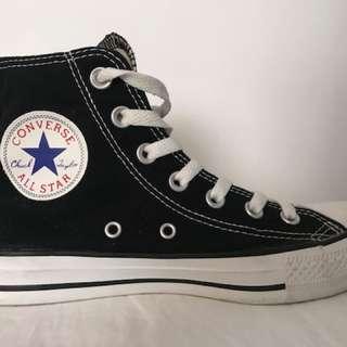 Converse Chucks Hi Tops