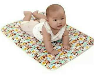 Cartoon Animals Print Waterproof Changing Mat