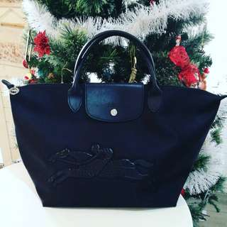 Longchamp Limited Edition Authentic Le Pliage Victoire (Horse) Medium Tote(Black)