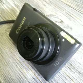 Canon IXUS 220HS digital camera