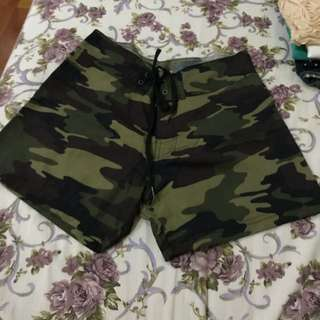 Hotpants army