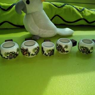 Brand new puteh cups