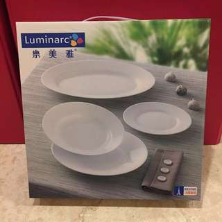 Luminarc樂美雅 24cm強化餐盤+微波蓋