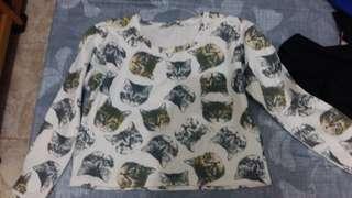 Cat sweater ( crop)
