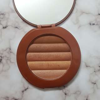 Marcelle Horizon Bronzing Pressed Powder