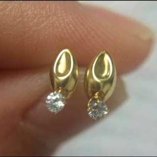 日本製 全新純K18 瓜子形鋯石 迷你耳釘  Made In Japan 100% Real & new 18K Yellow Gold Mini Size Stud Earring