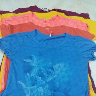 Girl t-shirt bundle of 5 pieces (age 11-13y old)