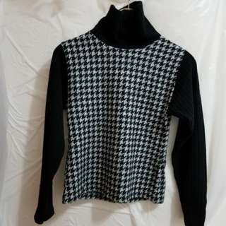 """Turtleneck Wool Top, Size: S, Made in Japan, Bust: 32"""""""