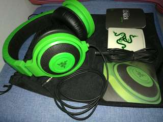 Razer Kraken Analog Music & Gaming Headphones (Model no: RZ12-0087, with no mic), 85% brand new, Everything in the picture (include free extension cable) for S$25.