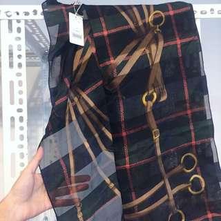 日本製 純絲 歐洲風格藍綠格紋圖樣絲巾 大方巾