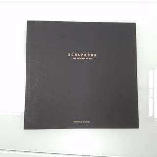 A black book 全黑畫本