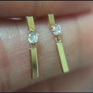 日本製 全新純18K金 金條鋯石迷你耳釘    Made In Japan 100% Real & new 18K Yellow Gold Mini Size  Stud Earring