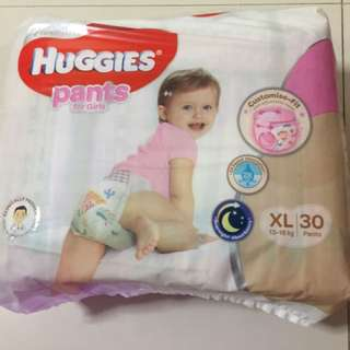 Huggies Pants (girls) XL