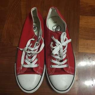 全新韓國牌子 [SHOOPEN] 仿 Converse 紅色鞋 Size 280mm 80%新