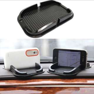 Car dashboard sticky mount pad mobile phone holder