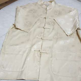 Chinese collar gold shirt size XXL