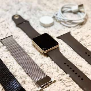 Apple Watch Series 2 42mm Gold Aluminum Case (Cocoa Sport Band)
