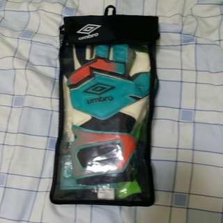 Umbro Neo Pro Gloves size 8