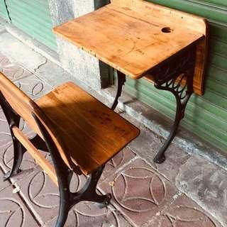 美國老學生桌椅