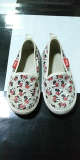 H&M Minnie Mouse Loafers