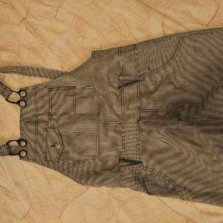 黑白細條紋吊帶短裙  #一百元好物