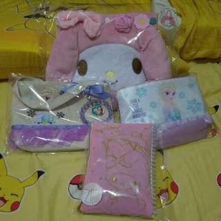 Sanrio& frozen 手挽袋筆記簿化妝袋 全要150