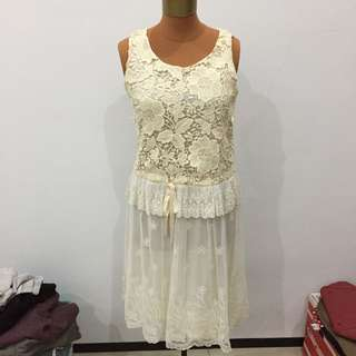 Korea import white off white party dress broken white party