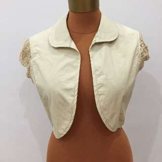 Denim beige crop vest