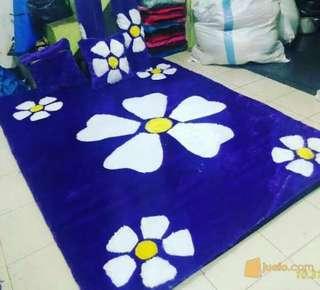 Karpet motiv bunga anggrek