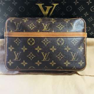Authentic Vintage Louis Vuitton Compiegne 23 Monogram Leather Clutch