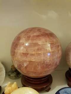 特大天然粉紅晶